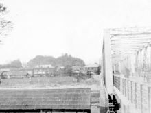 Old photo of Hotel Kagetsu, from the opposite shore + Old photo of Hotel Kagetsu from the opposite shore